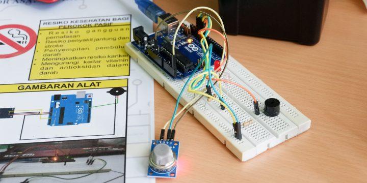 Beragam Inovasi Mahasiswa Teknik Elektro Pada Pameran Proyek Kreatif